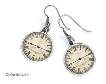 Boucles d'oreilles motif horloge vintage, cabochon en résine/ref 79