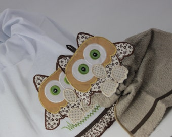 Set of 2 Embroidered Tea Towels, Kitchen Towels, Brown Kitchen Towel, Embroidered Towel, Owl Towel, Tea Towel