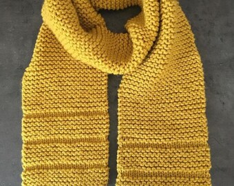 Scarf hand knitted long