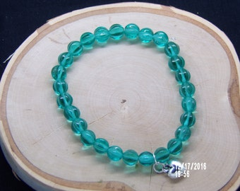 B1276 Green Crystal Beaded Bracelet.