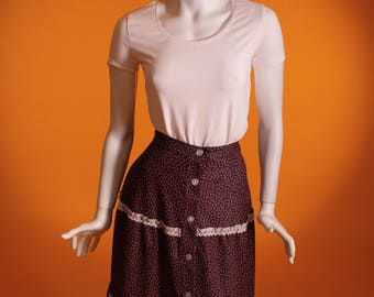 Vintage 1970s Floral and Lace Midi Skirt. Size UK 8-10 US 4-6.