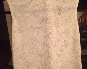 Willow Ridge White and Silver Sparkle Turtleneck Sleevless Blouse Tanktop Shirt Size Small