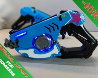 Tracer Gun - Cosplay - Overwatch - 3d printed acrilic painted varnished
