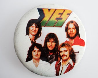 "Yes - Vintage 1970s 2.5"" Pin Back Button Badge"