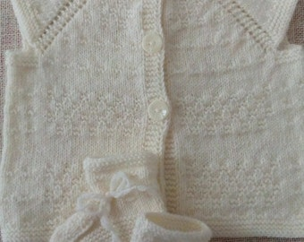 Very light yellow waistcoat/cream/with pearls and shoes, knitted, West, handmade