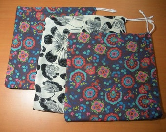 Three bags in bulk, washable and reusable, for fruits and vegetables