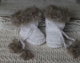 Knitted Eskimo Boots, New born Shoes, Baby photo Prop