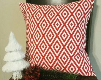 Red Christmas Pillow cover. 18X18 pillow cover. Christmas throw pillow. Christmas Decor. Holiday pillow. Seasonal pillow. Festive pillow.