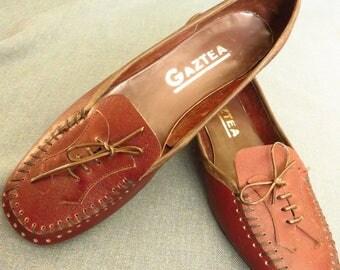 French unworn original 60's Mod lady shoes size 3 UK (23cm inside measurement)
