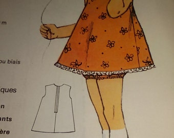 Pattern for dress and panties girl 4 years /Vintage french 70 s