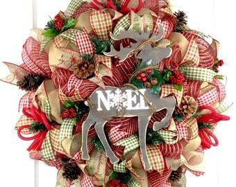 Reindeer Mesh Wreath / Primitive Mesh Wreath / Christmas Mesh Wreath / Holiday Mesh Wreath / Rustic Mesh Wreath / Front Door Wreath