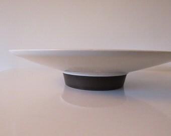 FRIS Edam/the pottery Holland Fruit pitcher design w. H de Vries 1958