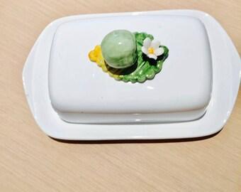 Butter Dish With Lid , Retro, Butter Dish Lidded,  pomme, flower white porcelaine old butt  er dish vintage tableware vintage wedding gift