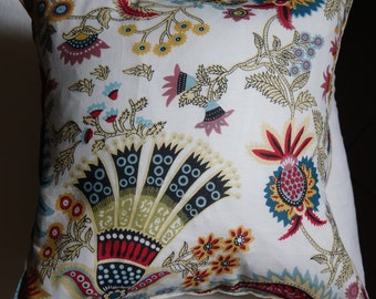 Spring series 6: cushion, 40 x 40 or 16 x 16 white cotton, Indian floral motifs, linen.