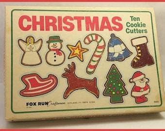 Christmas Cookie Cutters: Fox Run Craftsman. Vintage Cookie Cutters