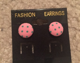 Dotted round earrings