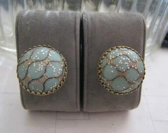 Gorgeous Button clip earrings