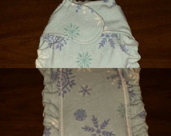 Newborn (5-11lbs.) Flannel fitted cloth diapers