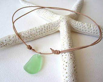 GREEN Sea Glass Necklace, Beach Glass Necklace, Surfer Necklace, Sea Glass Jewelry, Sea Glass Choker, Sea Glass Leather Necklace, Seaglass
