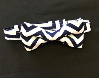 Dark Navy/White Boys Bow Tie, Navy/White Chevron Toddlers Bow Tie, Baby Boy Adjustable Bow Tie, Dark Navy and White Chevron Kids Bow Tie