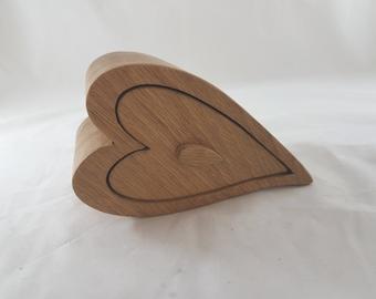Oak Single Heart Wooden Bandsaw Jewellery Trinket Box