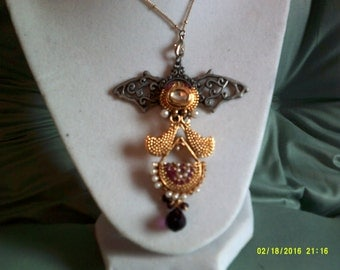 Steampunk Necklace, Winged Ornamental