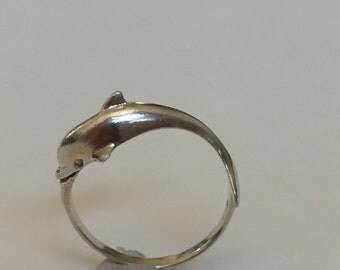 Sterling Dolphin Ring size 5.75