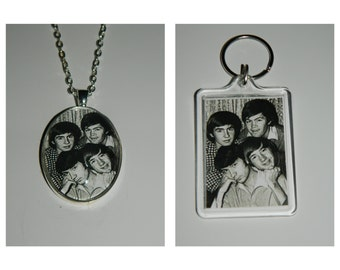 The Monkees Davy Jones Mike Nesmith Mickey Dolenz Peter Tork Glass Pendant Necklace, Acrylic  Keychain or Magnet or set