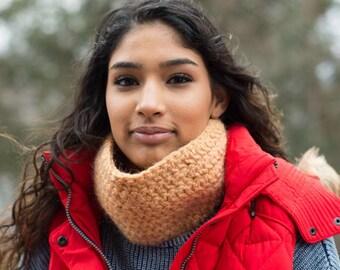 Caramel Wool Crochet Neck Warmer Scarf