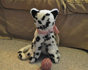 Dottie May the spotted cat