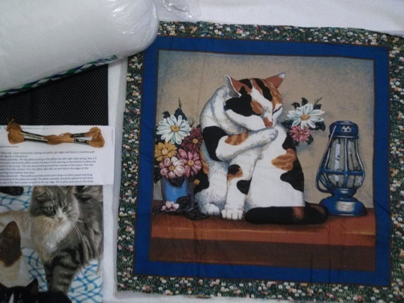 Calico Cat with Flowers - Pillow Quilt Kit 114