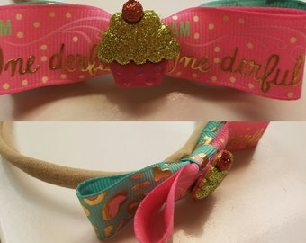 I am OneDerful double fabric bow with cupcake