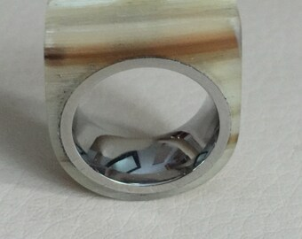 Authentic Horn from Bighorn Sheep, stainless steel comfort fit liner ring. Size 4