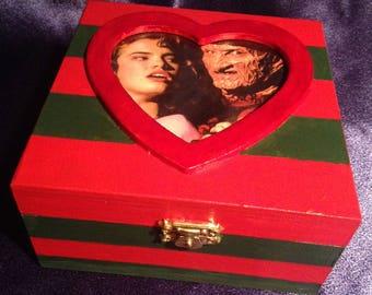 Nightmare on Elm Street Freddy Krueger & Nancy Ghoulry Box