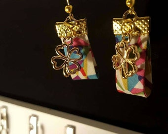 Golden clover earrings