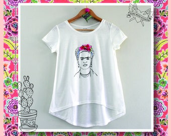 Embroidery in Frida's T- Shirt
