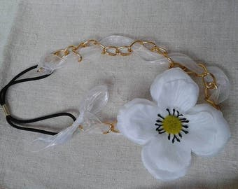 Golden chain and white flower headband