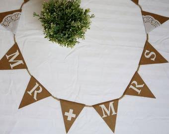 Wedding bunting, Mr and Mrs bunting, shabby chic bunting, wedding decor, card bunting, twine bunting, flag bunting, ready to ship, wedding