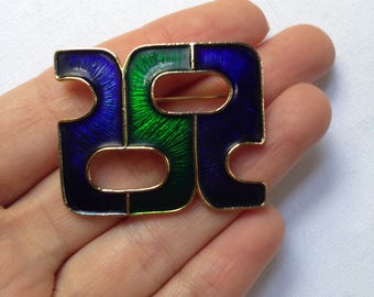 Vintage Sphinx abstract brooch c1980s
