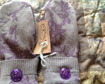 PANCAN Fundraiser floral upcycled sweater mittens