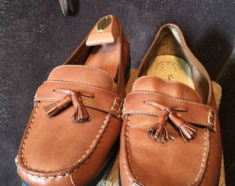 Thom mcan size 8 womens slip on loafers penny loafers tassles brown