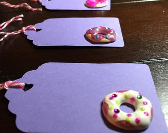 Donut tags, donut gift tags, Donuts Favor Tags, goodie bag tags, wedding, baby shower, donut bridal shower, party theme, sweet 16 - 6/order
