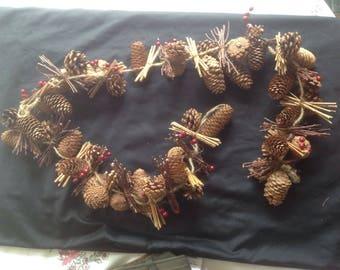 Christmas Pinecone garland, 5ft long