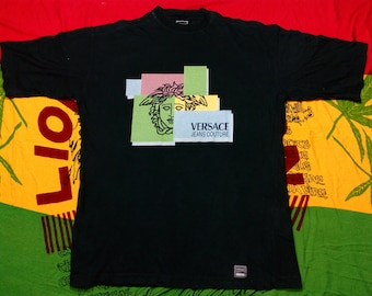 VERY RARE!!! Vintage Authentic Versace Jeans Culture T-Shirt Big Screen Logo Medusa Block Made in ITALY Exclusive Tee