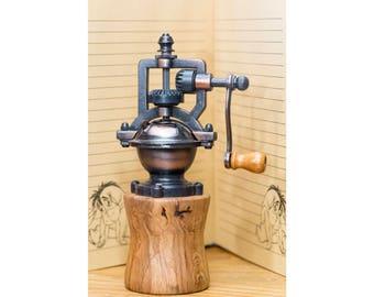 Oak Pepper Mill - Wood Pepper Mill - Herb grinder - Salt Grinder - Antique -  Wooden Pepper Mill - Salt Mill  Kitchen Decor - kitchen unique