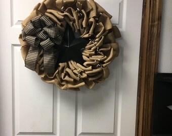 Black barn star wreath