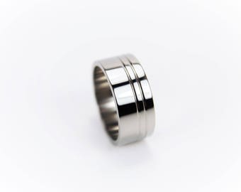 Titanium Ring with Offset duel v bands, Mens Ring, Hypoallergenic ring