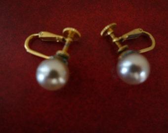 Vintage Gray Pearl Earrings
