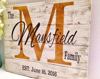 Family Established Wood Sign, Pallet Wood Sign, Wedding Gift, Custom Family Sign