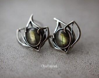 Nickel silver earrings Stud earrings Silver flower Earrings labradorite Wedding accessory Elven earrings Labradorite flower Flower earrings